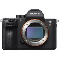 Цифр. фотокамера Sony Alpha 7RM3 body black
